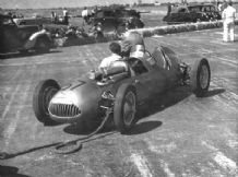 Alta GP3 Joe Kelly Boreham paddock 1952